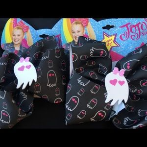 2 JOJO SIWA bows - New Excellent condition.